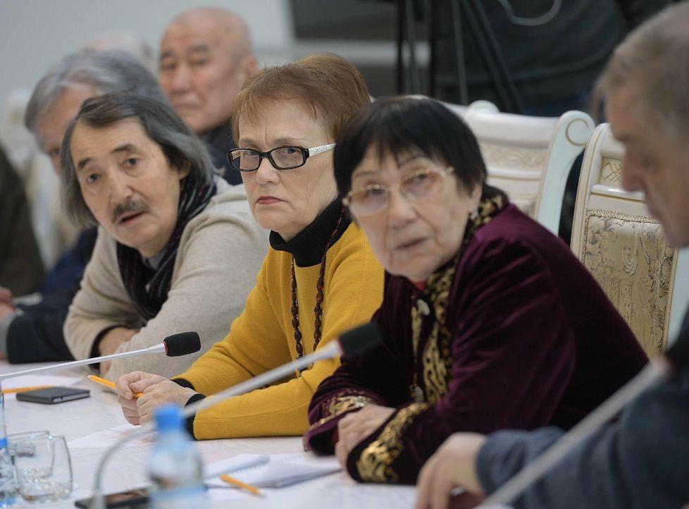 Аким Павлодарской области встретился с представителями творческой интеллигенции 198246 - Kapital.kz