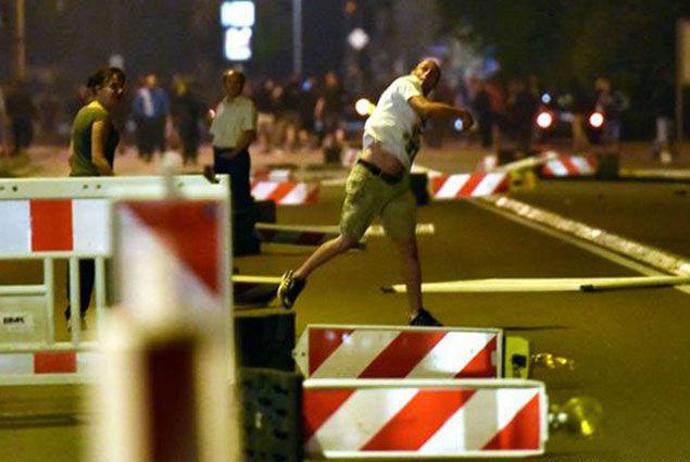 Экстремисты нападают на мигрантов в Германии- Kapital.kz