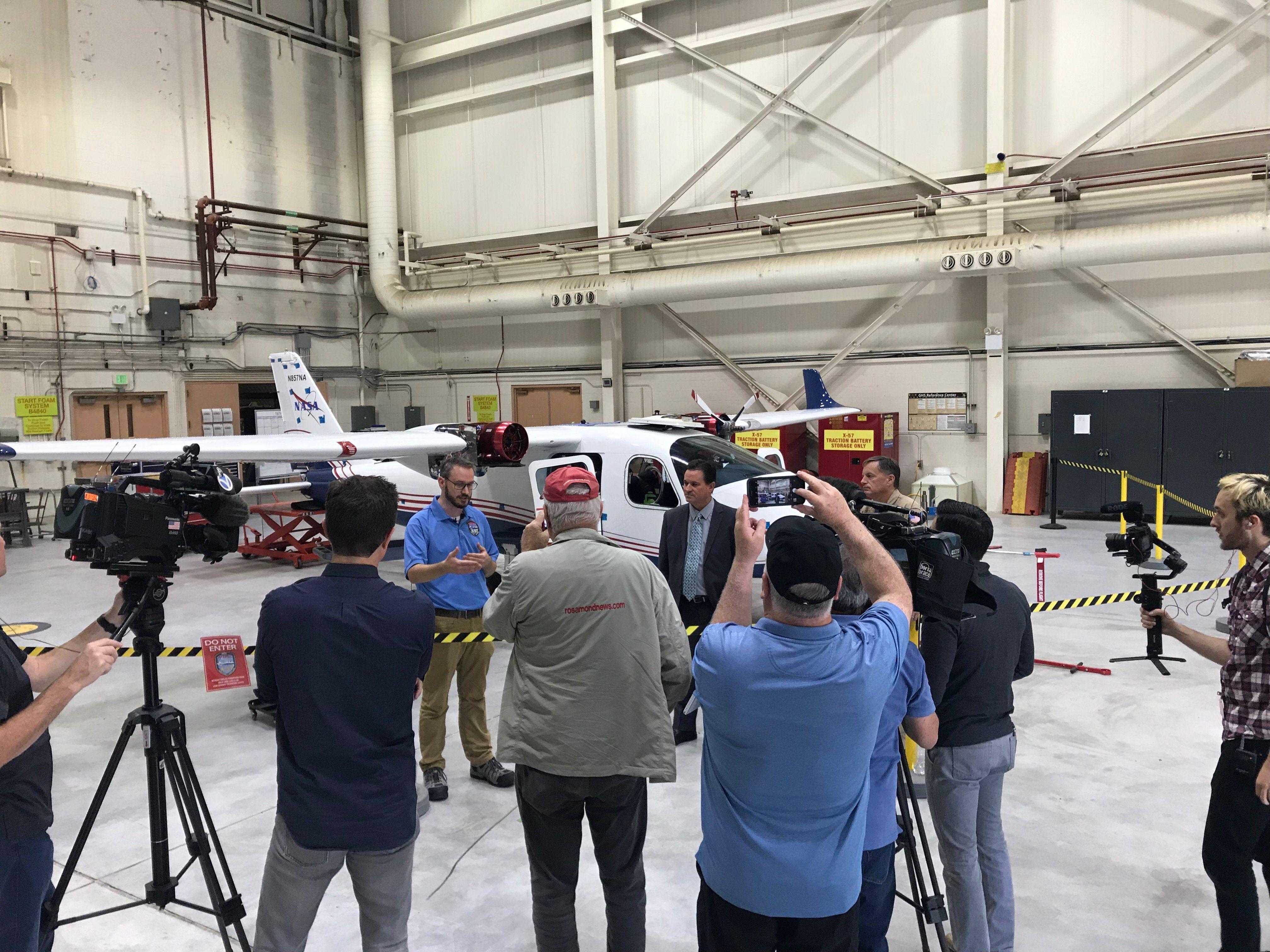 NASA показало свой первый электрический самолет 109664 - Kapital.kz