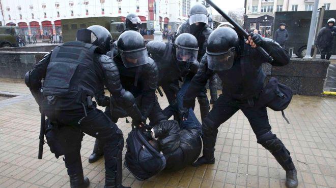 Протесты вДень Воли вМинске: сотни задержанных- Kapital.kz