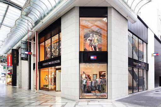 Томми Хилфигер бросил работу в Calvin Klein ради собственного бренда 608593 - Kapital.kz