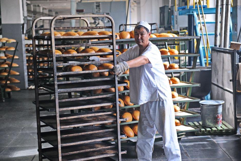 Средний заработок наемных работников в РК - 143 600 тенге- Kapital.kz