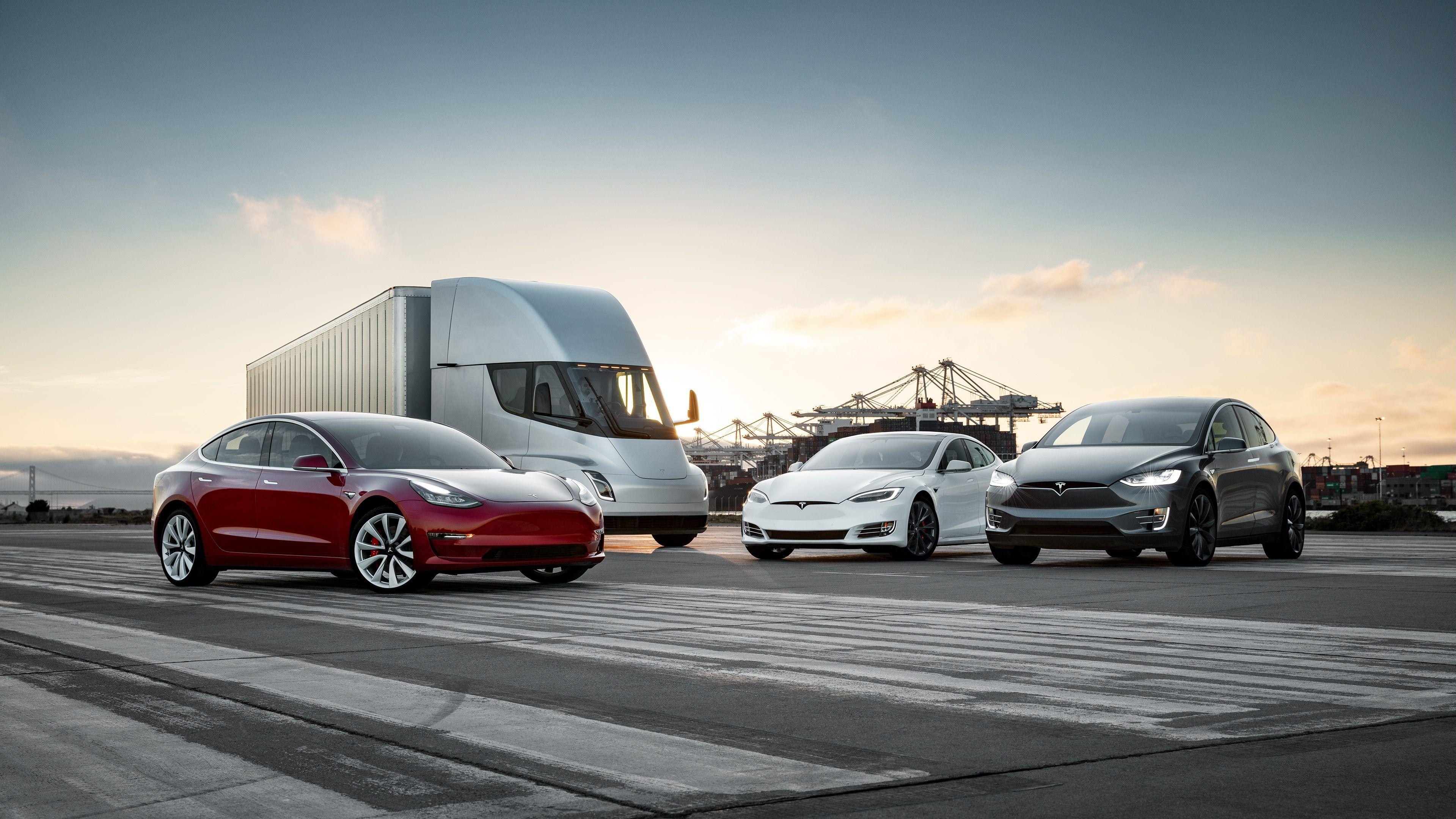 Tesla за биткоины, K8 без секретов и экстремальная Huayra R- Kapital.kz