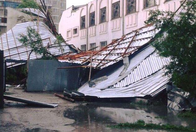 8 человек госпитализированы после урагана в Семее- Kapital.kz
