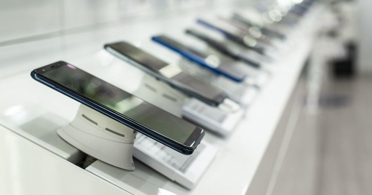 Продажи смартфонов в мире упали на 20% - Kapital.kz