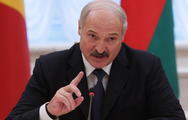 Александр Лукашенко потребовал повысить пенсии и зарплаты - Kapital.kz