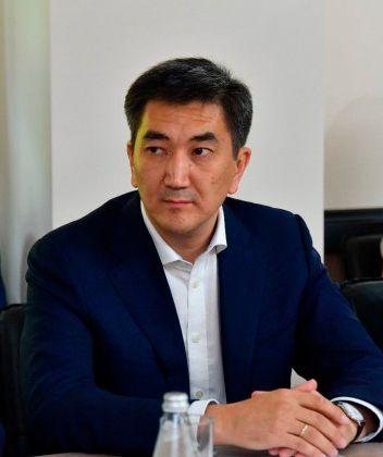 Азирбаев Мухит Бакытович