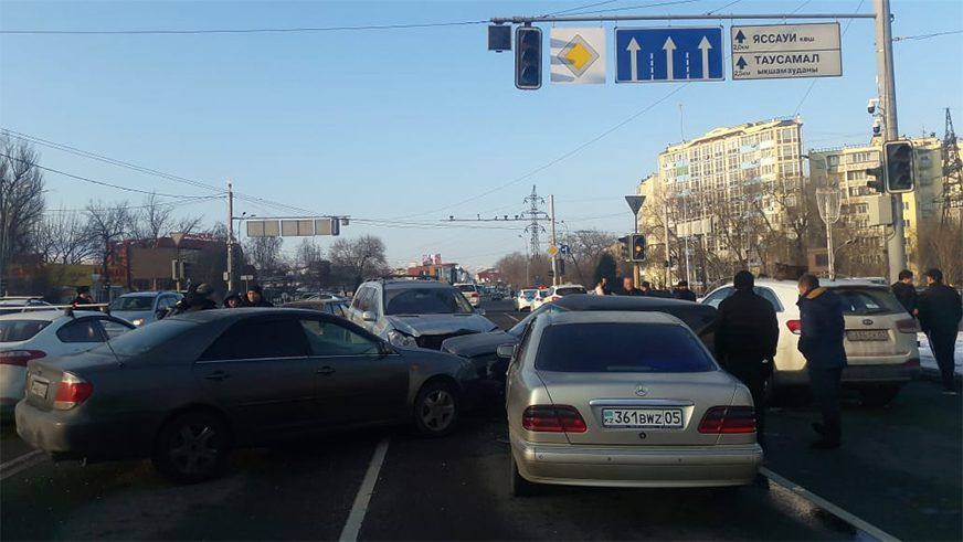 По ДТП в Алматы с 8 машинами будет выплачено свыше 5 млн тенге- Kapital.kz