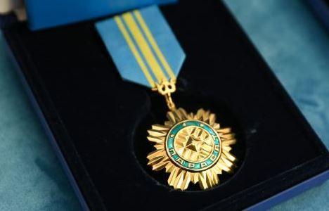 Нурсултан Назарбаев наградил Президента Таджикистана орденом «Парасат»- Kapital.kz