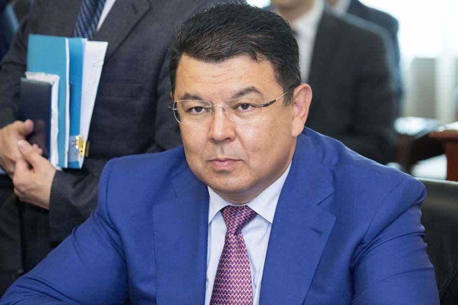Канат Бозумбаев стал помощником президента - Kapital.kz