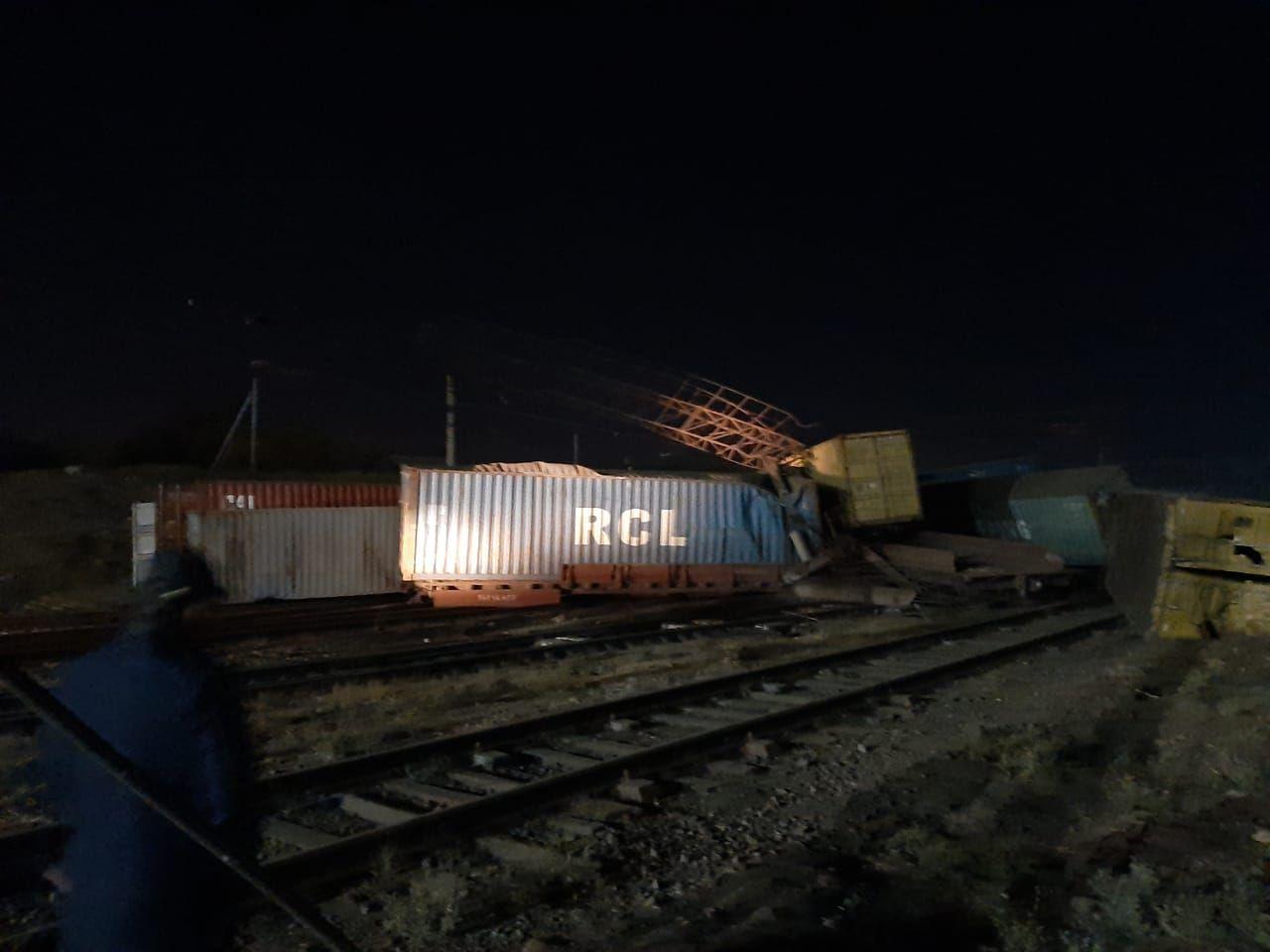 В Шымкенте сошли с рельсов 13 вагонов 471996 - Kapital.kz