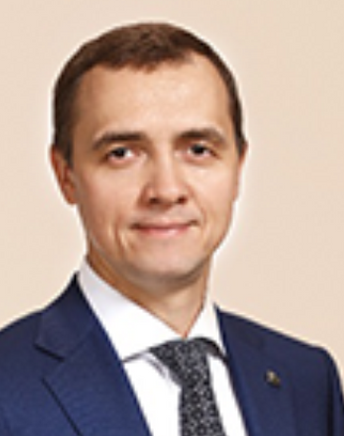 Зиновьев  Дмитрий  Юрьевич