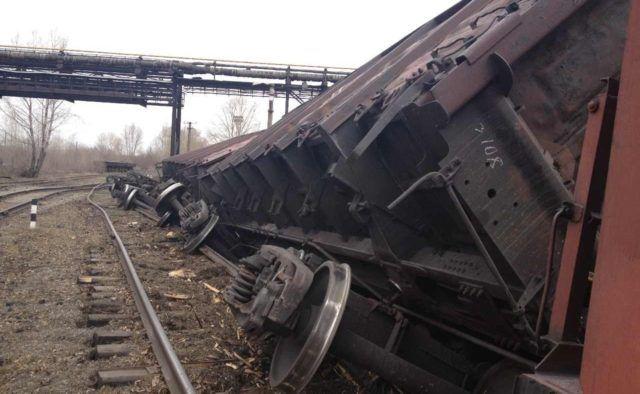 Поезд сошел срельсов из-за оползня вИспании- Kapital.kz