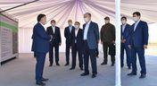 Президент посетил солнечную электростанцию
