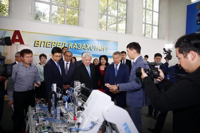 Правительственная делегация прибыла в ВКО- Kapital.kz