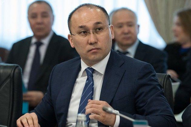 Даурен Абаев: Госорганы должны поддерживать НПО- Kapital.kz