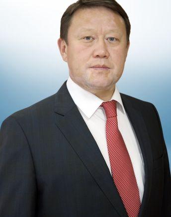 Аксакалов   Кумар Иргибаевич
