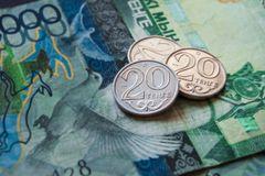В июне из Казахстана за рубеж отправили рекордные 92,8 млрд тенге