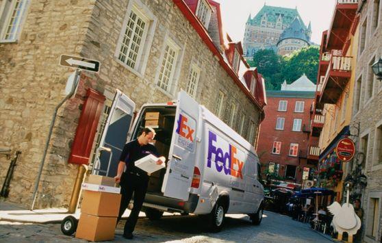 FedEx хочет приобрести долю в немецкой Hermes