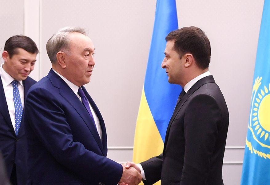 Нурсултан Назарбаев: Я слежу за каждым днем Украины- Kapital.kz