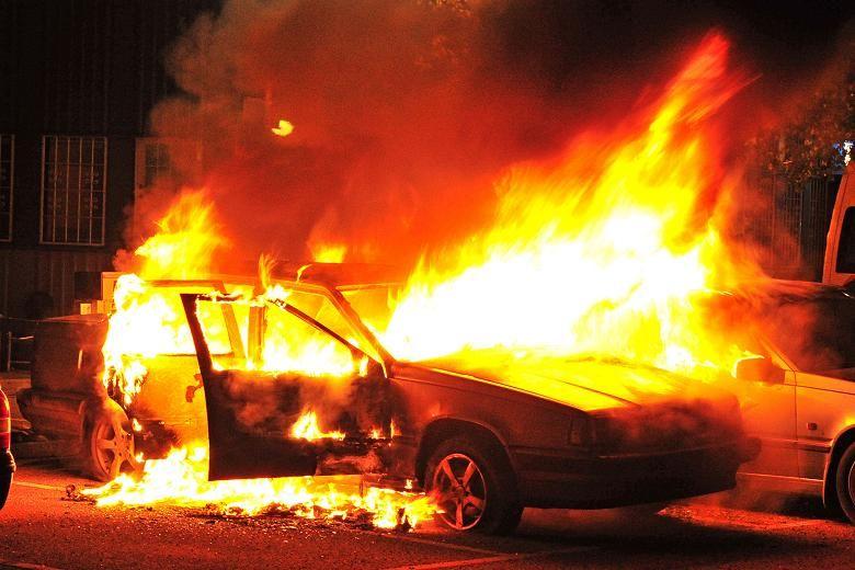 Полиция Стокгольма открыла огонь из-за массовых беспорядков- Kapital.kz