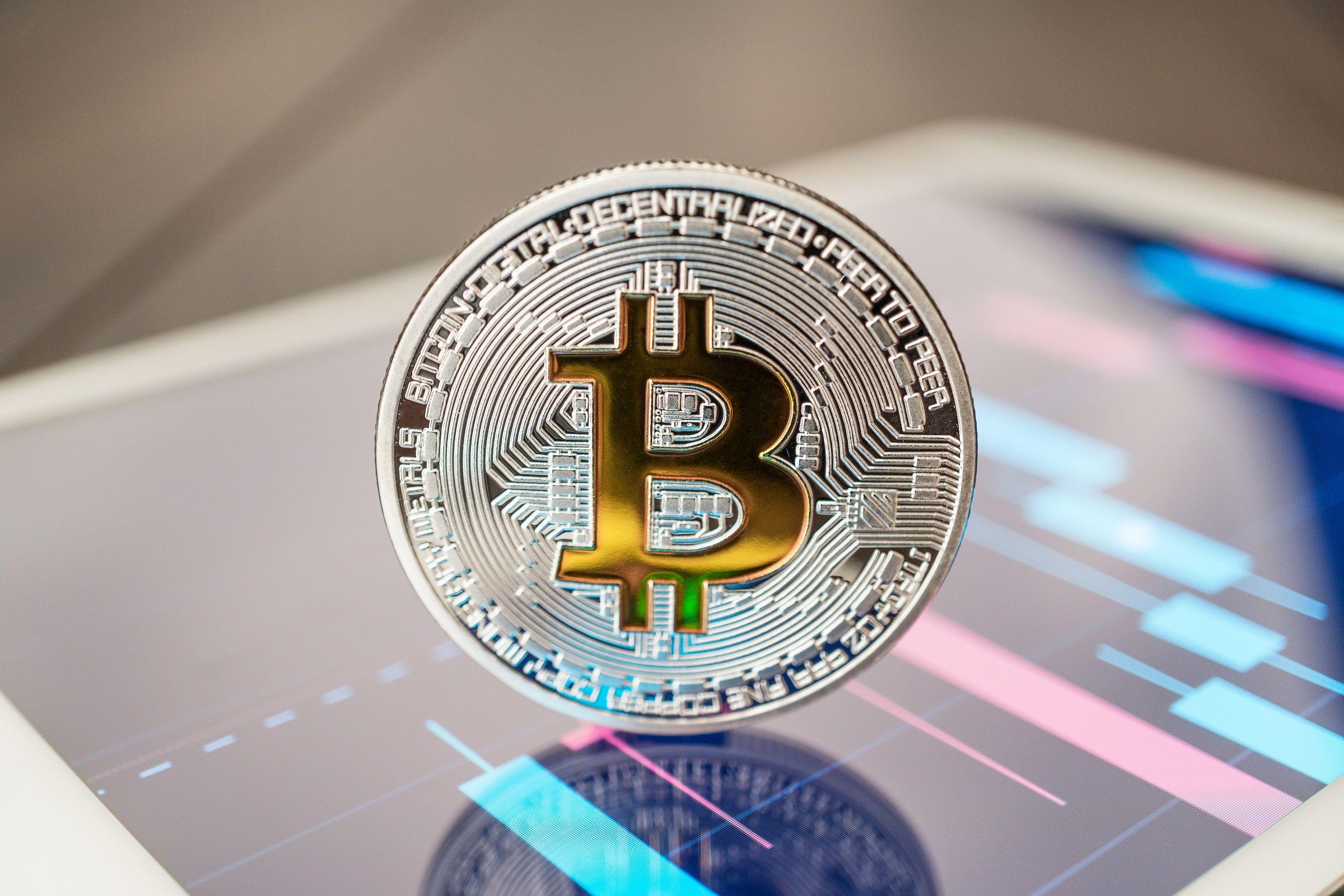 Биткоин-эйфория и новая криптовалюта от Facebook- Kapital.kz