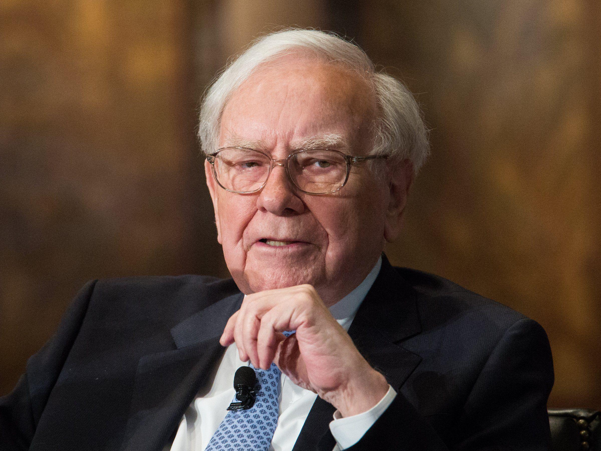 Компания Уоррена Баффетта купила 75млн акций Apple- Kapital.kz