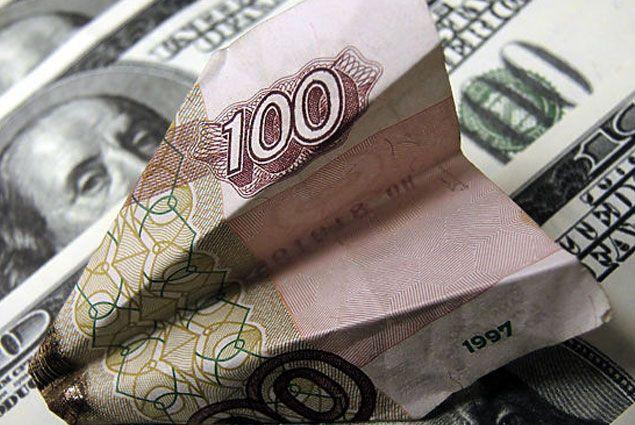 Цена на нефть падает вместе с рублем - Kapital.kz