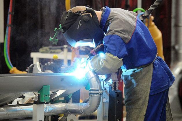 Какие области притягивают больше инвестиций в обрабатывающую промышленность?- Kapital.kz