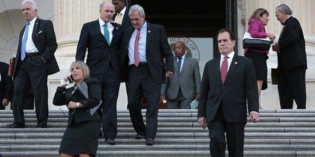 Белый дом запретил конгрессменам совершать поездки без его согласия- Kapital.kz