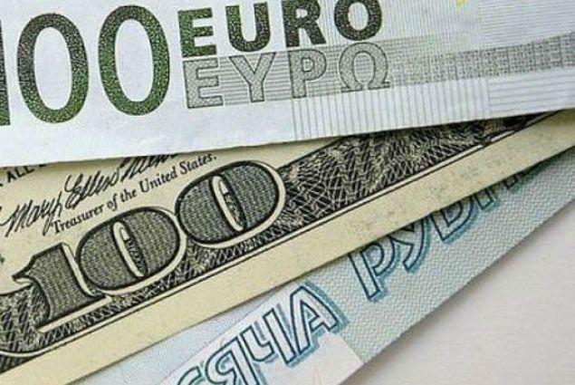 Курс доллара на торгах превысил отметку в 71 рубль- Kapital.kz