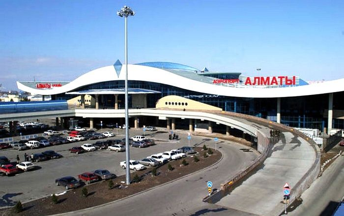 Систему парковки ваэропорту Алматы предлагается пересмотреть- Kapital.kz