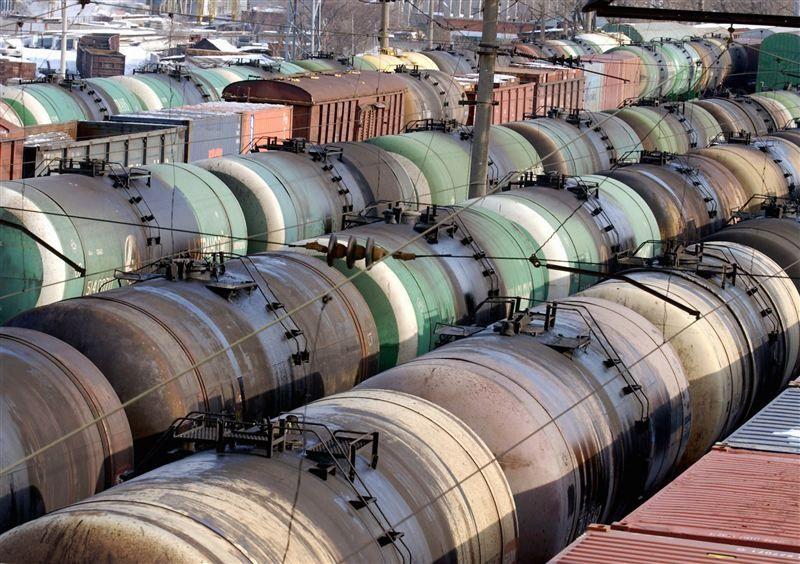 400 вагонов с топливом застряли на границе с КР- Kapital.kz