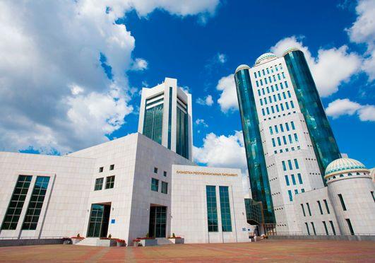 Сенат одобрил законопроект об объединении операторов жилищных программ
